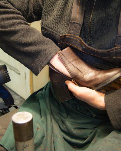 shoe-repair-4811444_1920